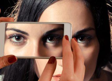 Konjunktivitis ali vnetje očesne veznice – vzroki, simptomi in zdravljenje