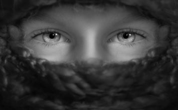 Vsakodnevne napake, ki se jim lahko izognete, da boste imeli bolj zdrave oči