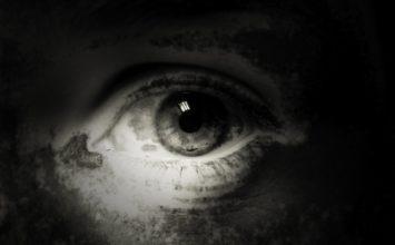 Temni kolobarji – 9 domačih pripravkov proti temnim kolobarjem okoli oči
