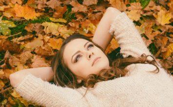 Kaj naše oči govorijo, ko lažemo in skrivamo čustva?