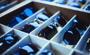 Nakup očal prek spleta – kaj morate vedeti?