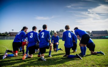 Štirje razlogi, zakaj se nogometni sodniki in nogometaši odločajo za lasersko korekcijo vida