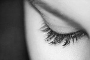 Ko vas pečejo oči