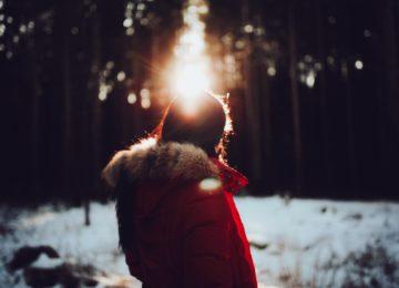 Snežna slepota ali fotokeratitis – simptomi in zdravljenje
