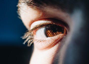26 bolezni, ki lahko povzročijo rumene oči