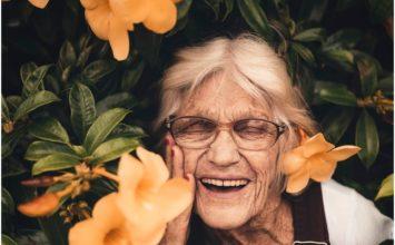Bralna očala – štirje znaki, da jih potrebujete!