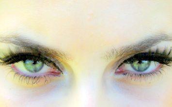 Kako pravilno vkapati kapljice v oči?