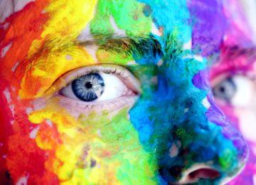 Psihologija barv: katera barva nas pomirja in katera nas lahko razjezi?